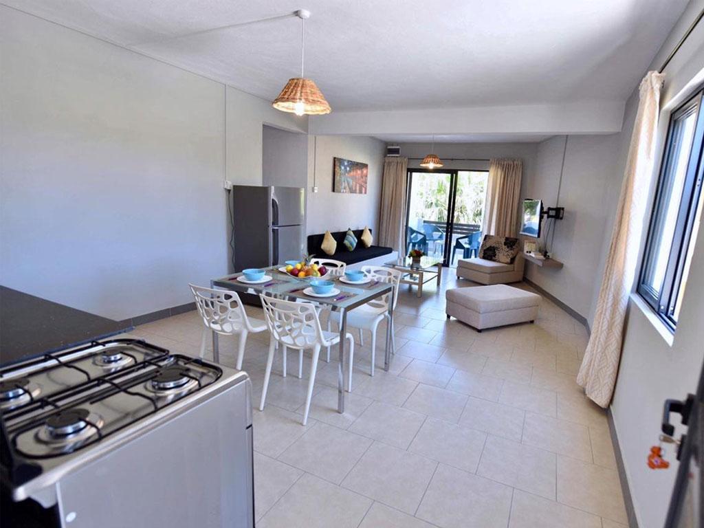 Belle maison de ville de 4 chambres à Perebere